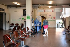 Ora negli ospedali bisogna pensare a tutto il resto: trovare un modo di smaltire gli arretrati